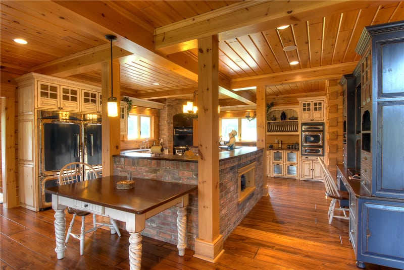 Top 6 log home kitchen trends for 2016 confederation log for Log home kitchen designs