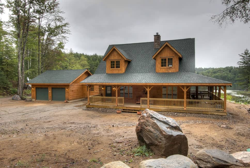 Beaver run confederation log timber frame for Contemporary log home plans