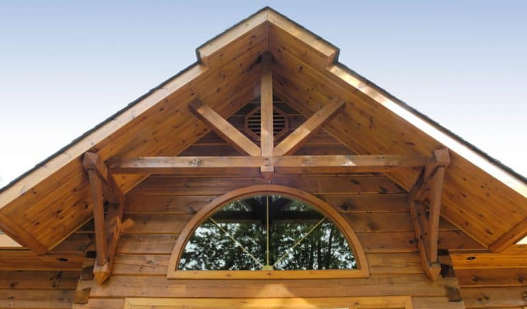 [VIDEO] Choosing the Perfect Wood Stain for Your Log Home